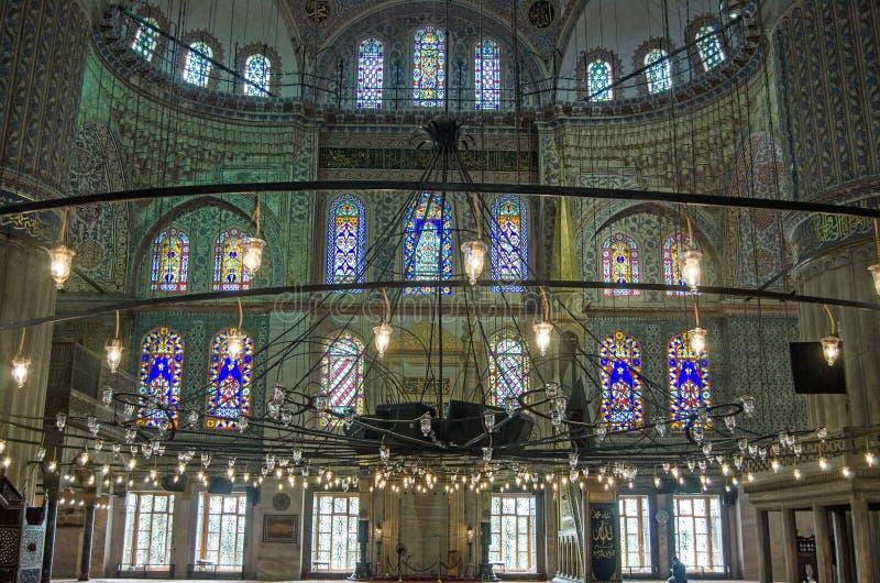 Mesquita interior, azul calma, Istambul imagens de stock