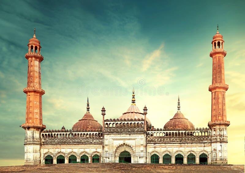 Mesquita lucknow Bara Imambara de Asfi foto de stock