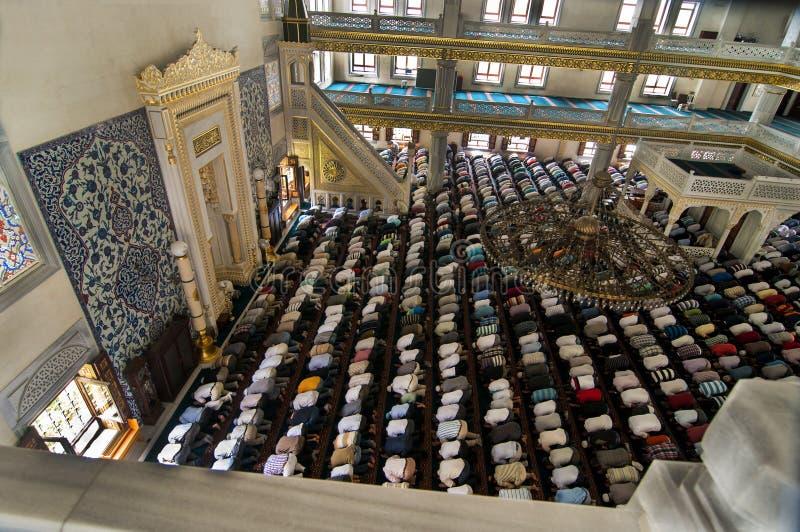 Mesquita muçulmana Turquia de Tunahan da oração de sexta-feira foto de stock