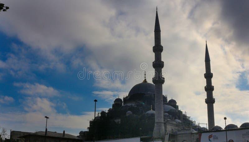 Mesquita nova Eminonu Istambul foto de stock