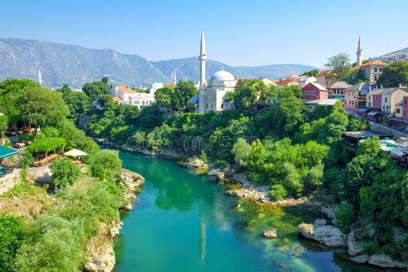 Mesquitas e minaretes, Mostar fotos de stock royalty free