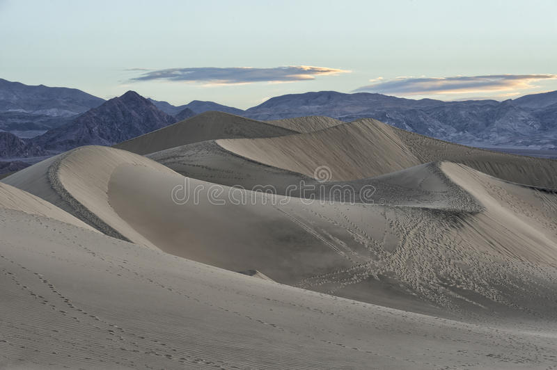 Mesquite Flat Sand Dunes, Death Valley National Park. Footsteps in de dunes of Mesquite Flat Sand Dunes in Death Valley National Park, California stock image