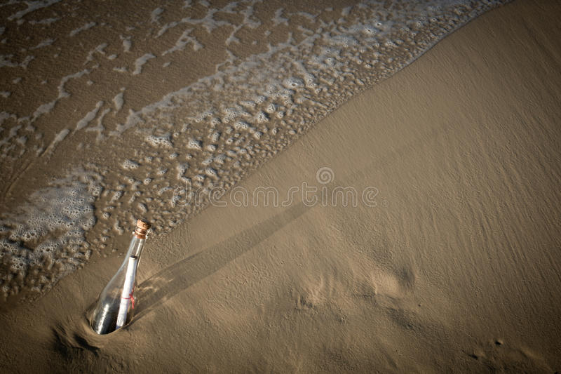 Download Message In A Bottle Royalty Free Stock Image - Image: 24989136