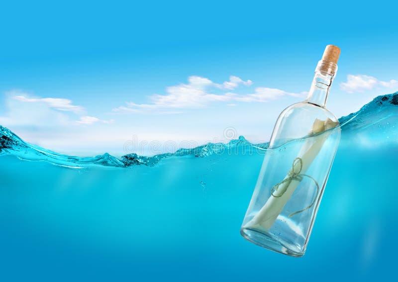 Message dans l'océan images libres de droits