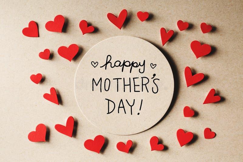 Message heureux de jour de mères avec de petits coeurs image libre de droits