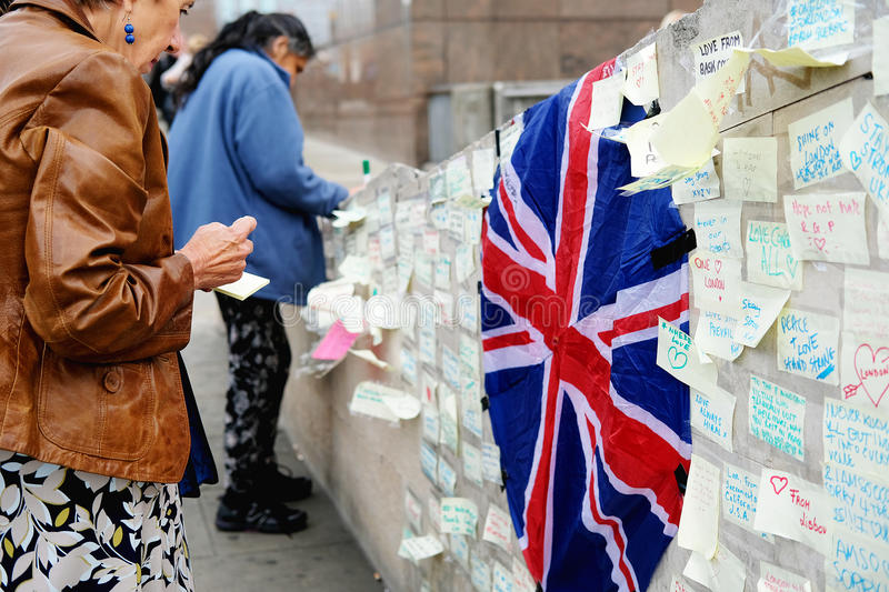 Messages and floral tributes to the victims of the London Bridge terrorist attacks. Floral tributes and messages placed in memory of those who were killed or stock photography