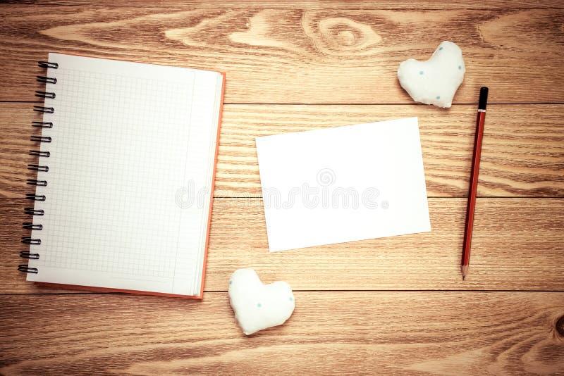 Messaggio di amore di scrittura immagini stock