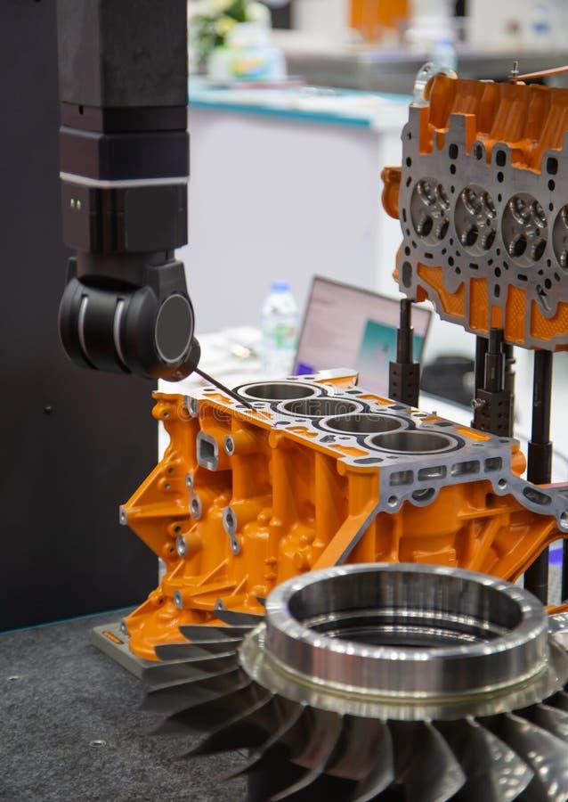 Messen CNC CMM Roboter lizenzfreie stockfotografie