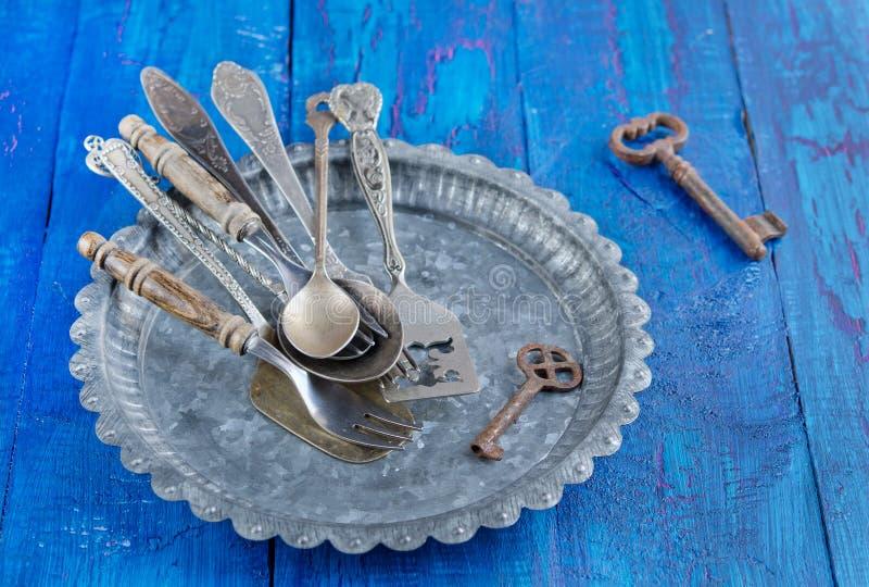 Messer, Gabel und Löffel lizenzfreie stockbilder