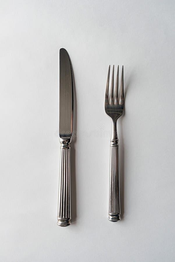 Messer und Gabel-Tischbesteck stockbild