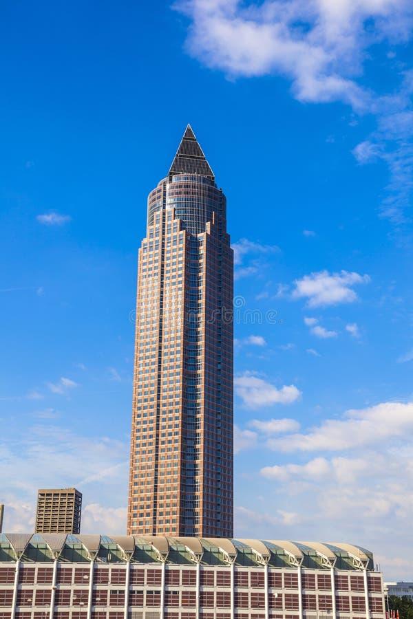 Messeturm - δίκαιος πύργος της Φρανκφούρτης στοκ φωτογραφίες