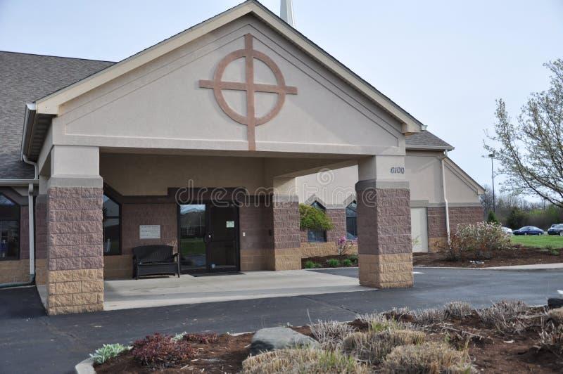 Messiah Lutherankyrka och förträning på Eagle Creek fotografering för bildbyråer