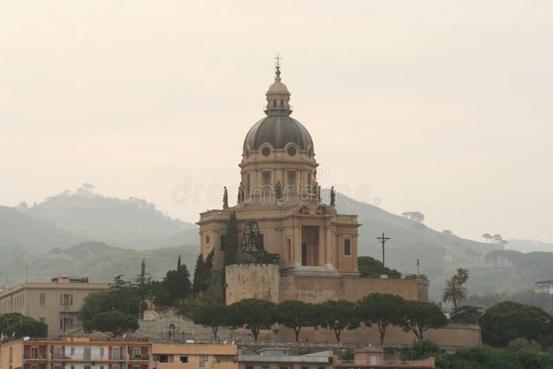 Download Messina fotografering för bildbyråer. Bild av kupol, klosterbroder - 985817