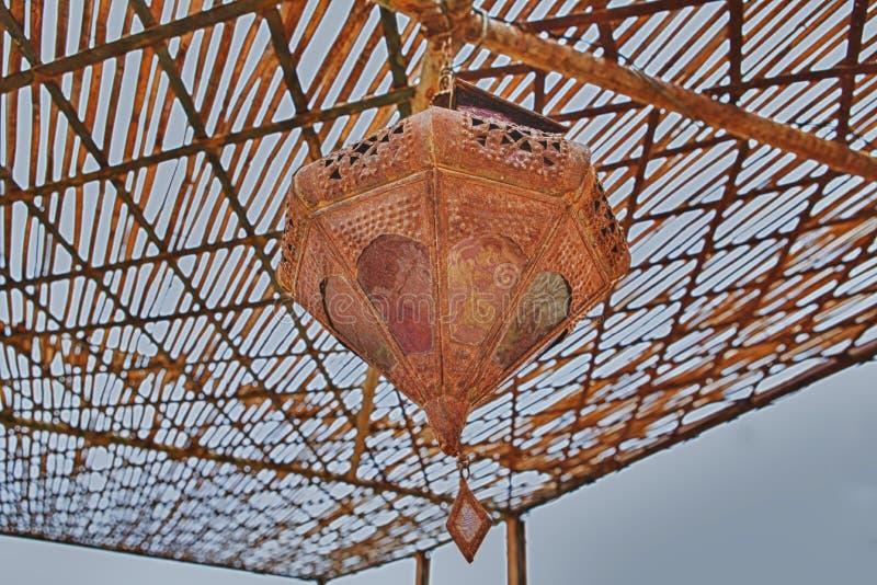 Messings hangende lamp royalty-vrije stock afbeeldingen