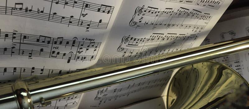 Messingstrombone en Klassieke Muziek 390 royalty-vrije stock afbeeldingen