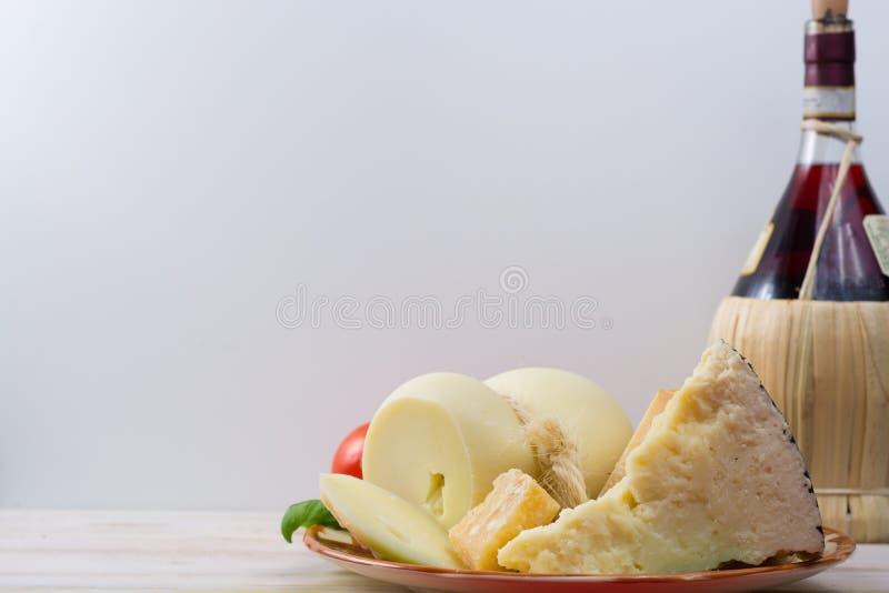 Mest bra italienska ostar - ny caciocavallo, pecorino, parmesano c royaltyfria bilder