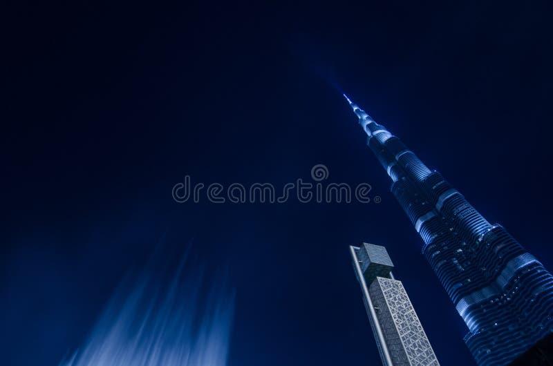 Mest högväxt torn i stadens centrum dubai för världar royaltyfri foto