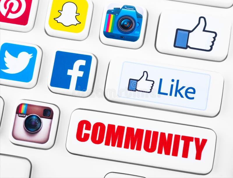 Mest populära logotyper av sociala nätverkandeapplikationer royaltyfri illustrationer