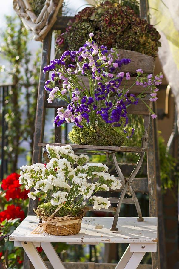 Mestieri del legname galleggiante e floreali della decorazione fotografie stock libere da diritti