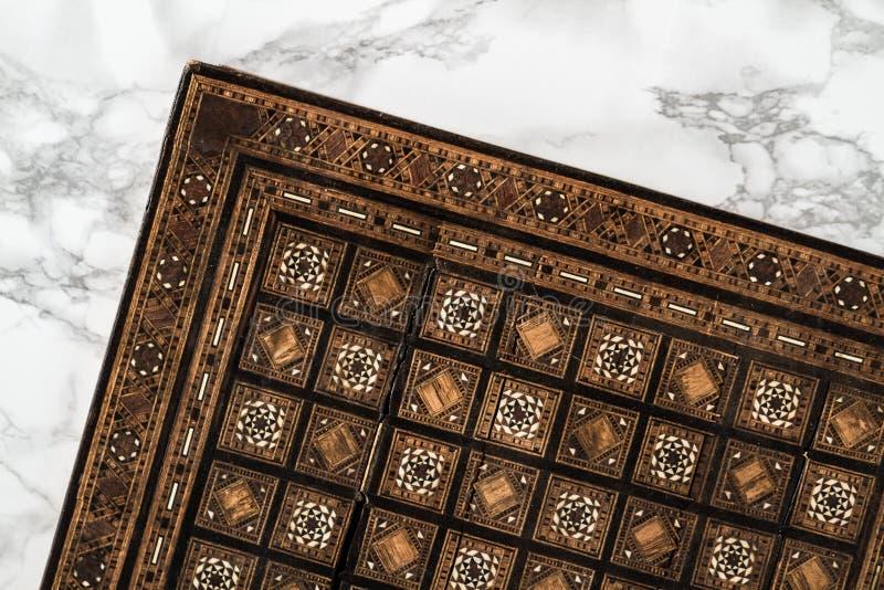 Met de hand gemaakt Schaakbord op Marmeren Achtergrond royalty-vrije stock foto's