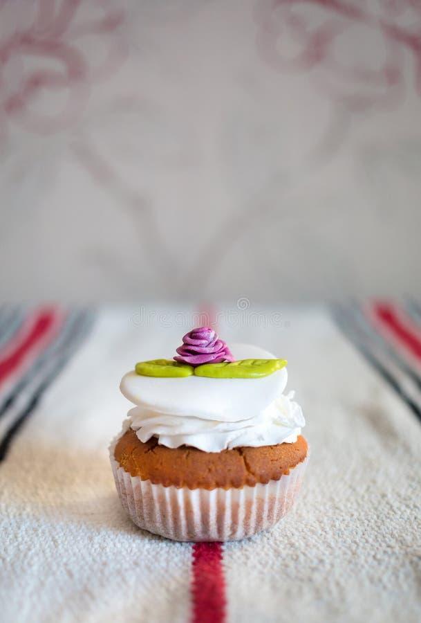 Met de hand gemaakte cake royalty-vrije stock foto's