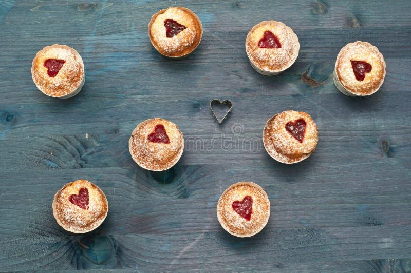 Met de hand gemaakte de jam van de Cupcakekers royalty-vrije stock afbeeldingen