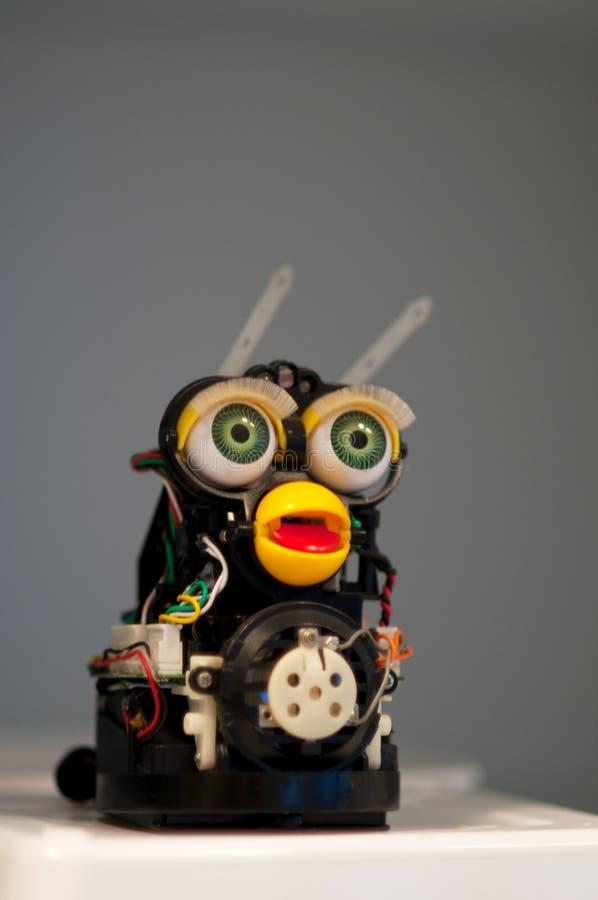 Met de hand gemaakte grappige robot stock afbeeldingen