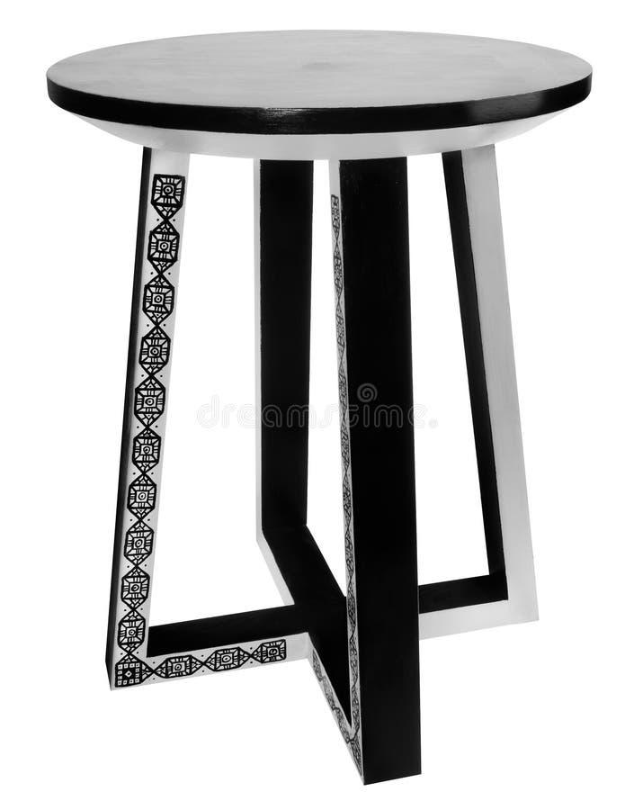 Met de hand gemaakte kruk binnen met zwart-wit patroon royalty-vrije stock foto