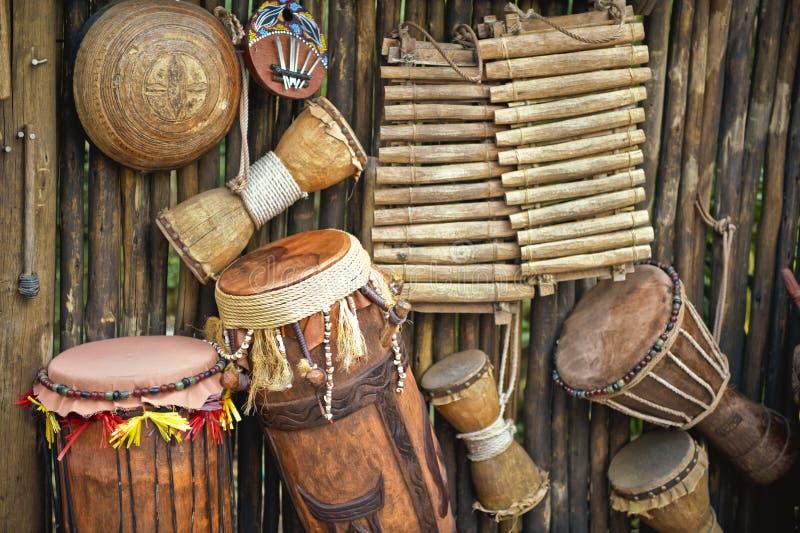 Met de hand gemaakte muzikale instrumenten royalty-vrije stock afbeelding
