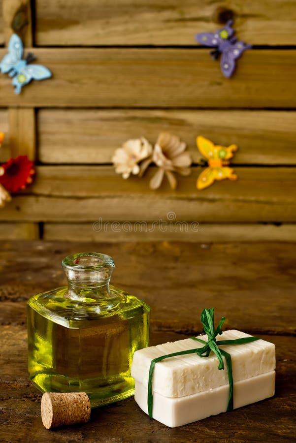 Met de hand gemaakte stuk zepenolijfolie royalty-vrije stock foto
