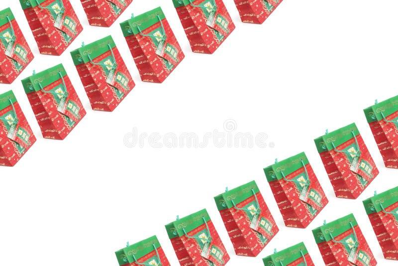 met en sac des achats de Noël photos libres de droits