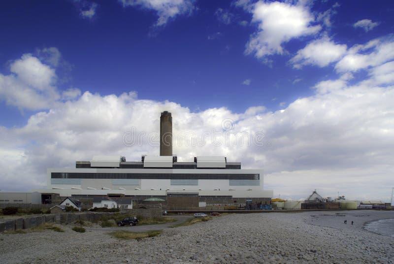 Met kolen gestookte elektriciteitselektrische centrale royalty-vrije stock afbeelding
