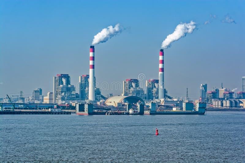 Met kolen gestookte krachtcentrale stock afbeelding