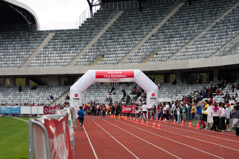 Meta da maratona de Cluj-Napoca fotos de stock