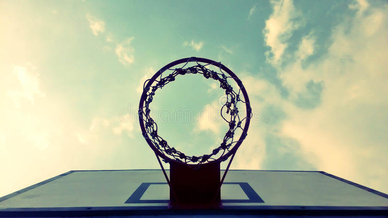 Meta de la bola de la cesta imagen de archivo libre de regalías