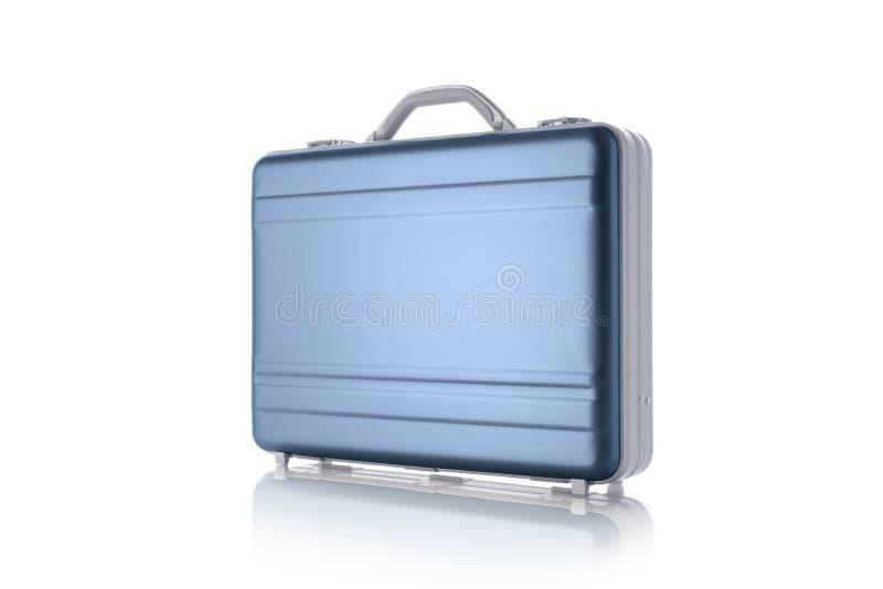 Metaal blauwe die aktentas op het wit wordt geïsoleerd royalty-vrije stock afbeeldingen