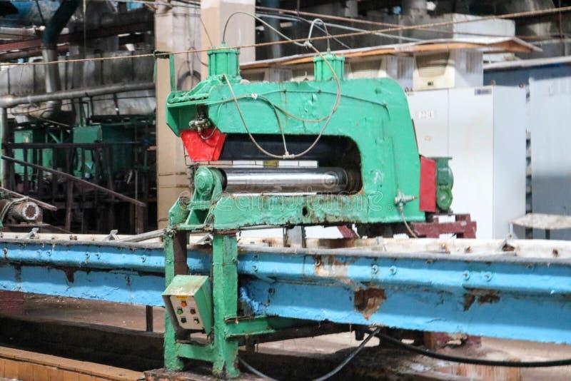 Metaal industrieel krachtig materiaal van de productieafdeling bij de machine-bouwende olieraffinage, chemische petrochemische st stock fotografie