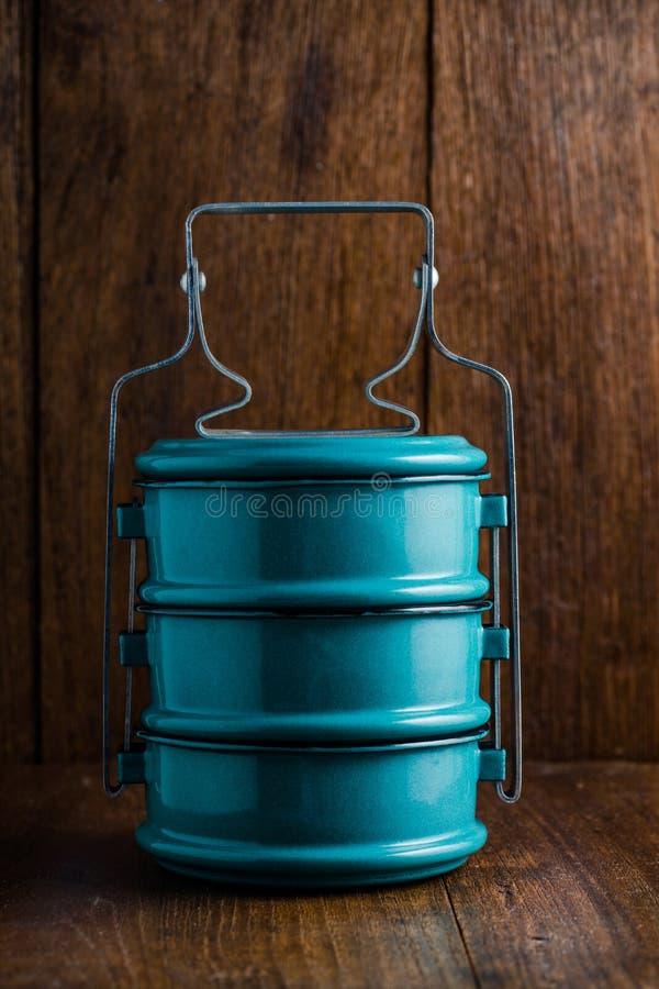 Metaal Tiffin, Thaise voedseldrager stock fotografie