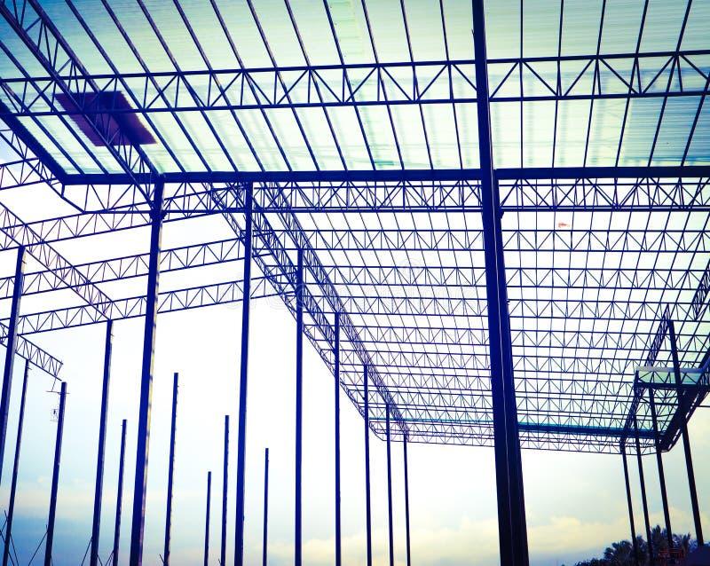 Metaalstaal en de structuur van het aluminiumkader voor fabriek en pakhuisbouwnijverheid royalty-vrije stock afbeeldingen