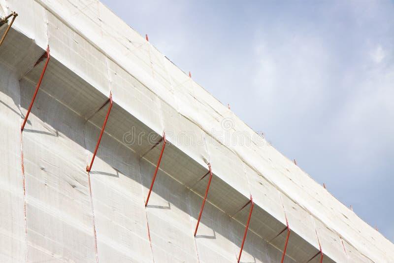 Metaalsteiger voor de restauratie van een gebouw in een Italiaan stock fotografie