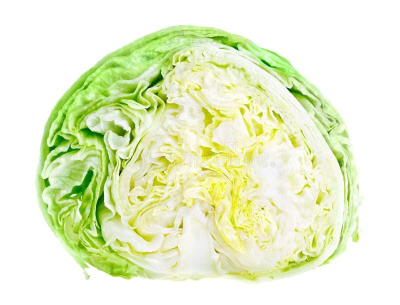 Metade da alface de iceberg verde fresca fotografia de stock royalty free