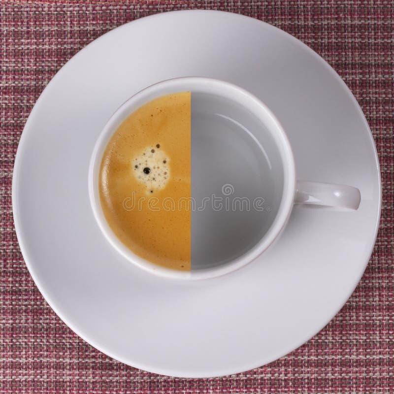 Metade do café imagem de stock
