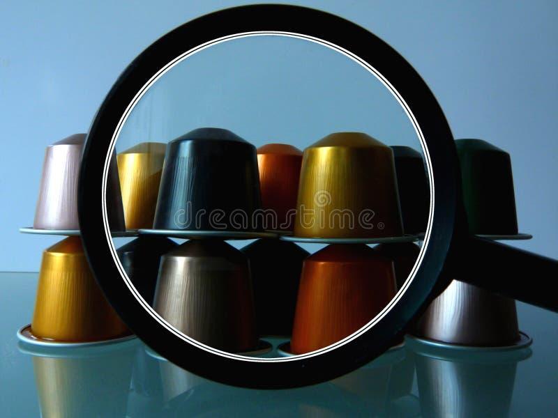 Metafora del collage della capsula del caff? di variet?, delle selezioni e delle scelte immagini stock