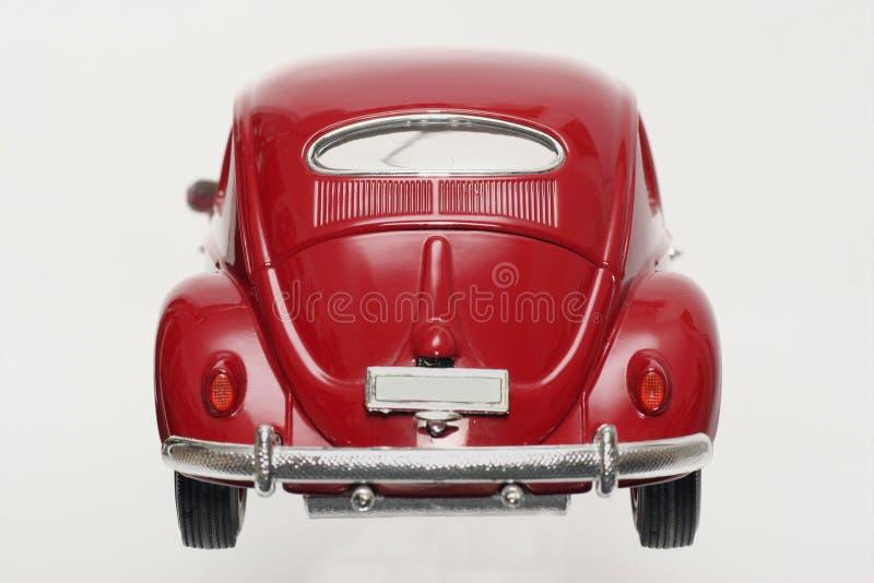 Metal backview 1955 de VW Beatle del modelo del juguete de la escala el viejo foto de archivo