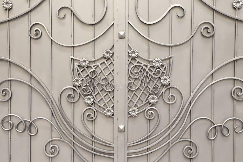 Metal brama z forged obrazy stock