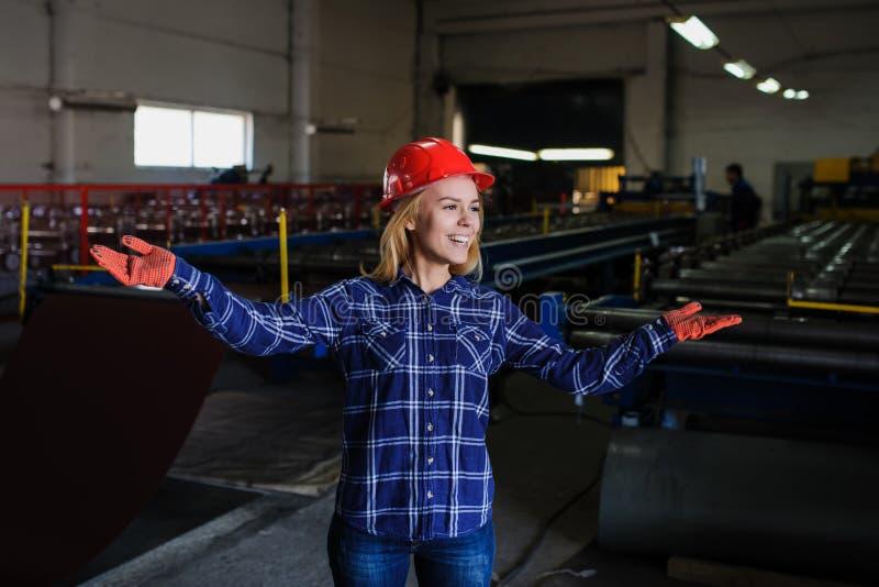 Metal dachówkowa rękodzielnicza fabryka obrazy stock