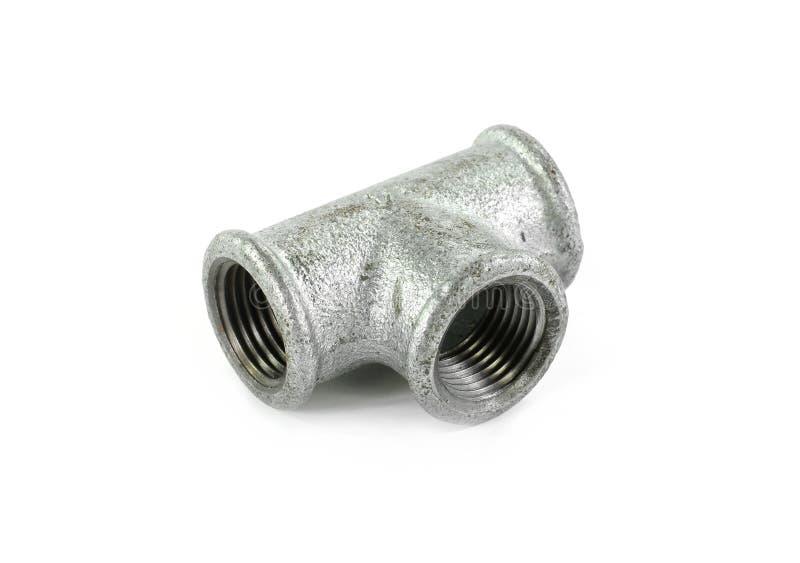 Metal les ferrures de coude pour des tuyaux, fond blanc d'isolement Outils et matériaux pour les travaux sanitaires photos libres de droits