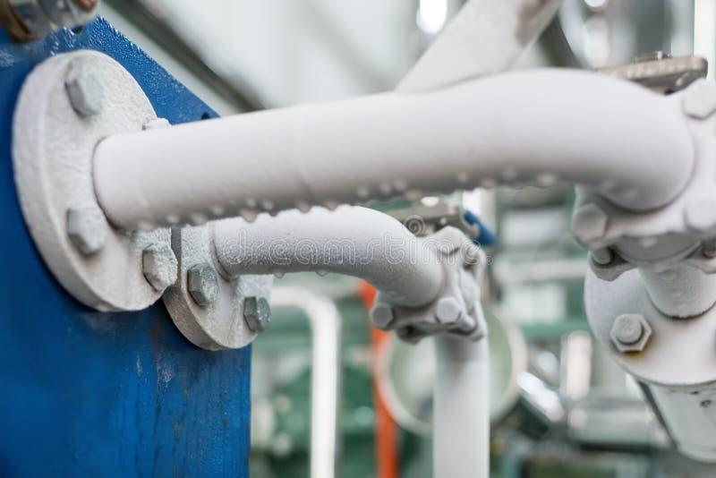 Metal les tuyaux couverts de couche de gel image stock