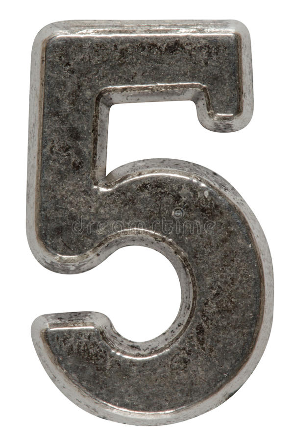 Metal o numeral 5 cinco, isolado no fundo branco, com clippin fotografia de stock