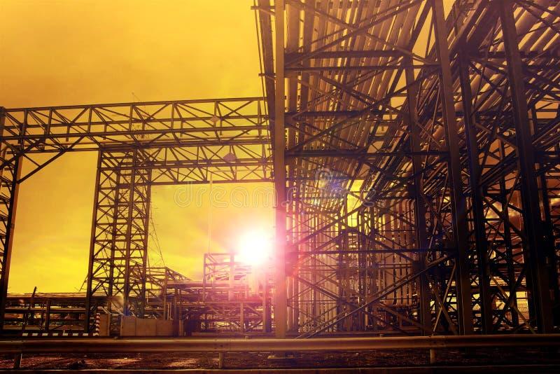 Metal struktura przemysł chemiczna tubka w ciężkim przemysłowym es obrazy stock